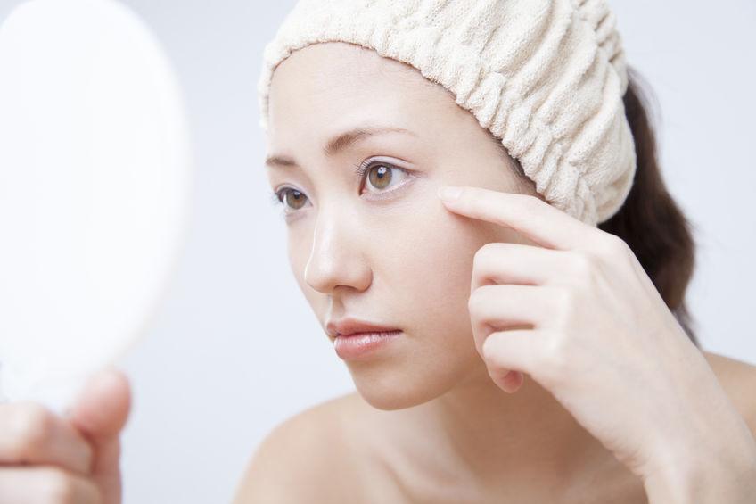 美白オールインワンジェルはシミに効く?化粧品の効果を解説