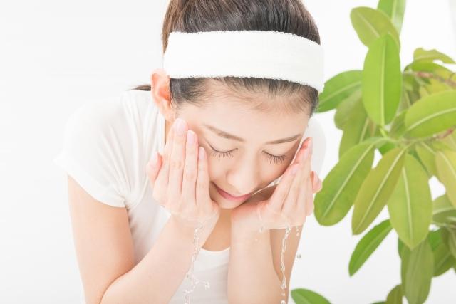 敏感肌が酷いときは洗顔を見直す