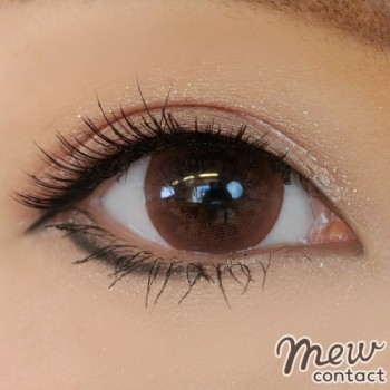 adult-eyemake-color-contacts10