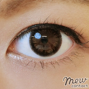 adult-eyemake-color-contacts11