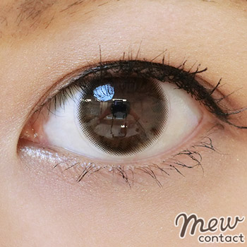 adult-eyemake-color-contacts13