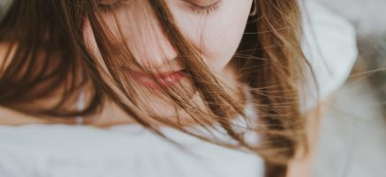 顔の肉をすっきりさせる落とし方!普段の生活習慣も小顔作りには大切