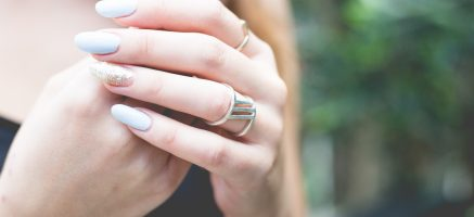 爪美容液は薬局でも買える!潤いツヤ爪になる爪美容液10選♡