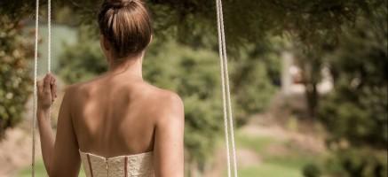きれいな姿勢は意識から!しぐさ&立ち居ふるまいを美しくする上達法
