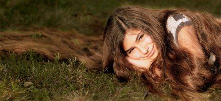 パサパサな髪を根本解決する、とあるアイテム♡くせ毛や寝癖の悩みを改善!