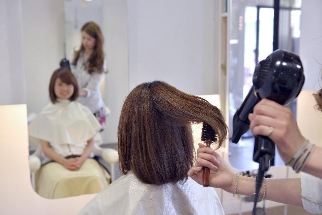 美髪になる正しいドライヤーの使い方!実践編
