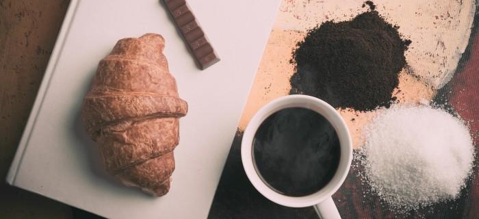 炭水化物以外なら何でもOK?糖質制限ダイエット中にオススメの食べ物