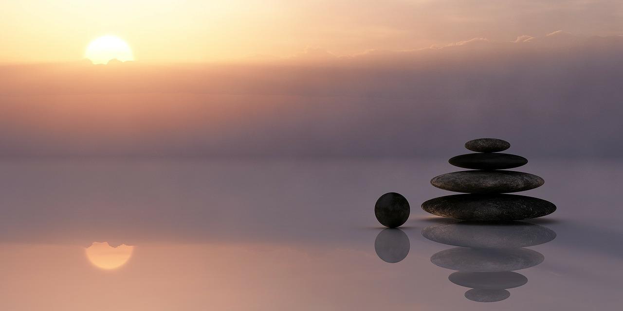 バランスよく積み上げられた石