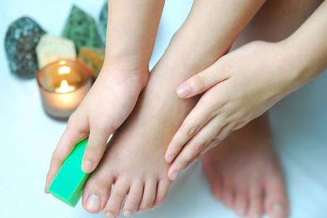 足の角質をケア