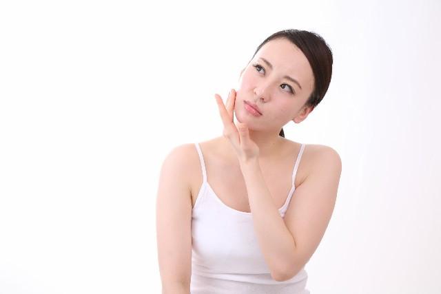 肌荒れなどのトラブルに美容液をつかっていいの?