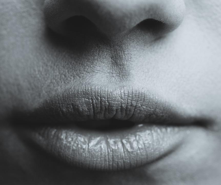 唇の印象で顔の印象が全然違う!