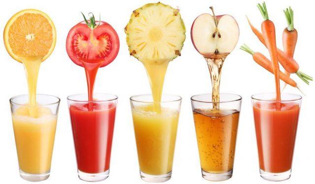 野菜・果物の栄養が豊富に入ったクレンズジュース