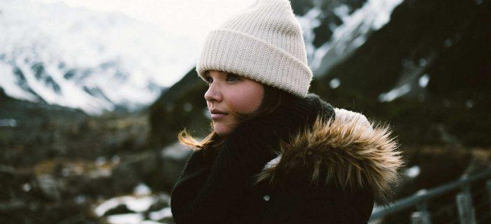 ニット帽にはどんな髪型がいいの?大人女子にも似合う♡簡単ヘアアレンジ