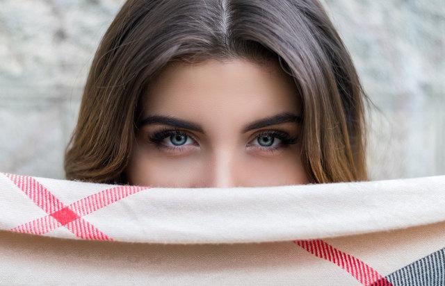 眉毛は重要なパーツ