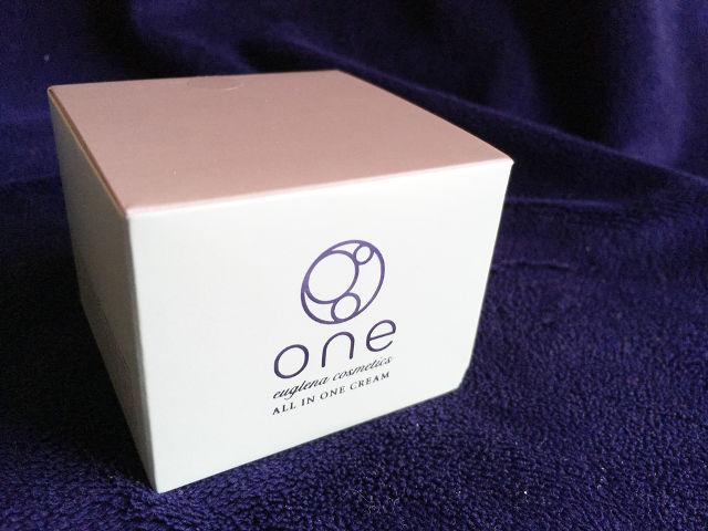 ユーグレナ oneオールインワンクリームのパッケージ(箱)