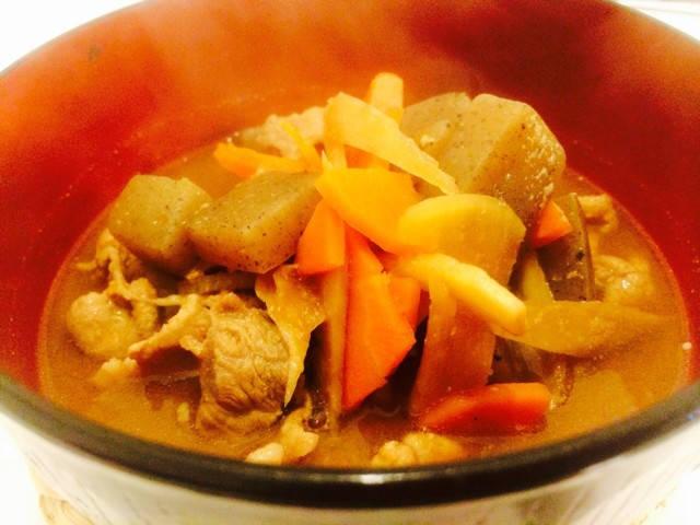 温活美肌★根野菜の柔らかピリ辛豚汁