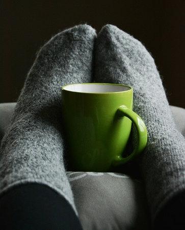 靴下とマグカップ