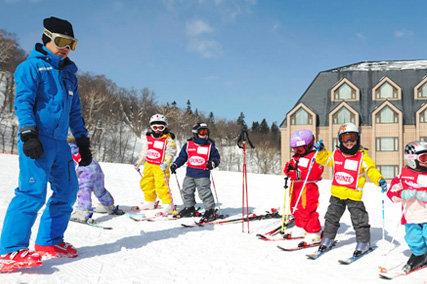 子供向けスキー教室