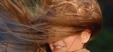 切れ毛・枝毛をどうにかしたい…正しいヘアケア方法とおすすめシャンプー