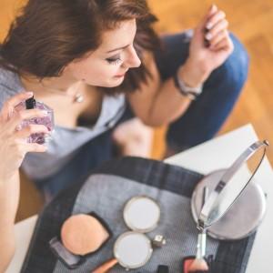 ストレス?食事?肌荒れになりやすい生活習慣と改善すべき食生活