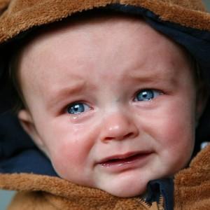 夜泣きも止まる?赤ちゃんを泣き止ませる音・音楽・アプリをご紹介♪