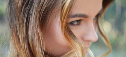 イチゴ鼻の治し方!角栓が増える&毛穴が開くNGケアに気を付けて!